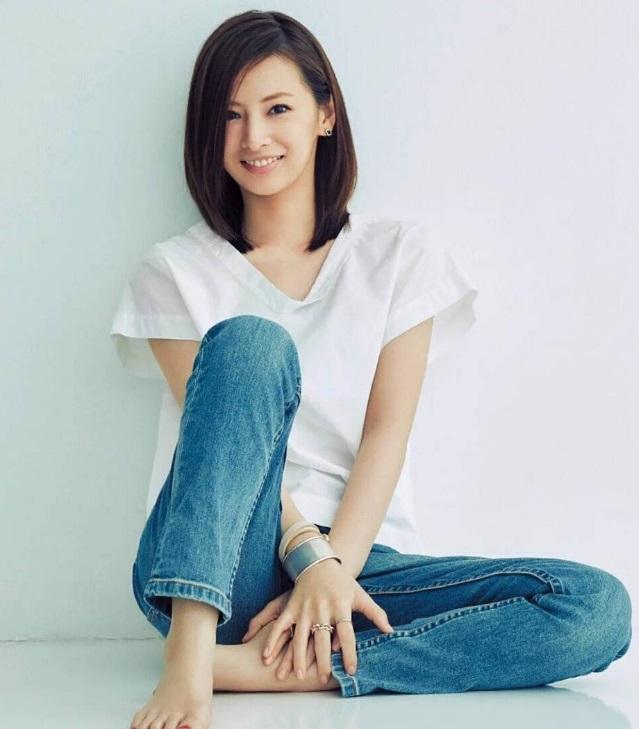 ラフな服装の北川景子さん